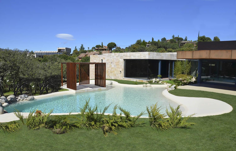 Para pousadas piscinas de areia for Casa moderna 99 arena
